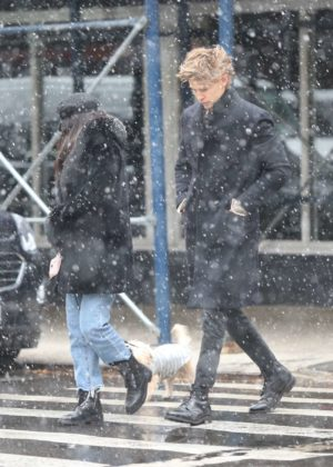 Vanessa Hudgens and Austin Butler - Walking under the snow in NYC