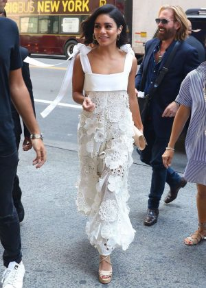 Vanessa Hudgens - Arrives at H&M Store in New York