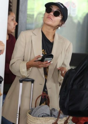 Vanessa Hudgens - Arriving at LAX Airport in Los Angeles