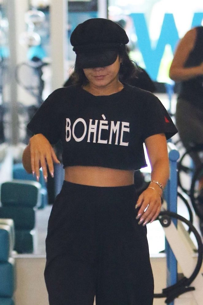 Vanessa Hudgens at a Pilates class with friends in Studio City