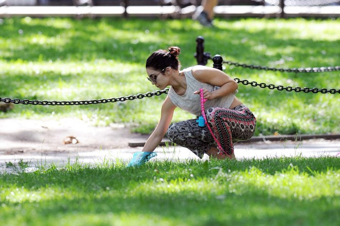Vanessa Hudgens at Dog park -16