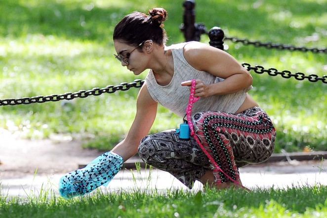 Vanessa Hudgens at Dog park -23