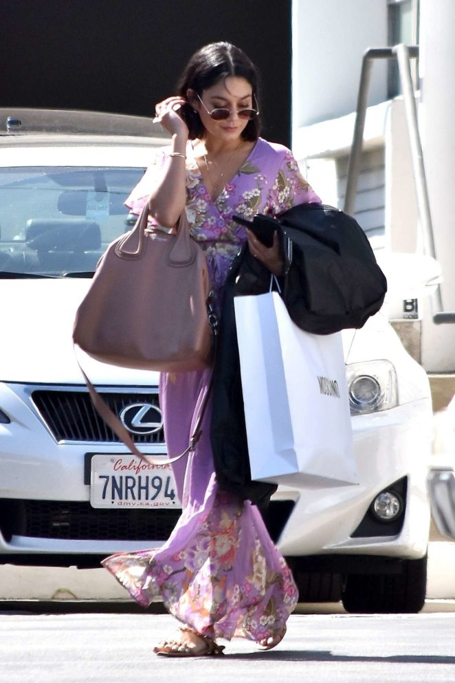 Vanessa Hudgens - Does a little shopping in Beverly Hills