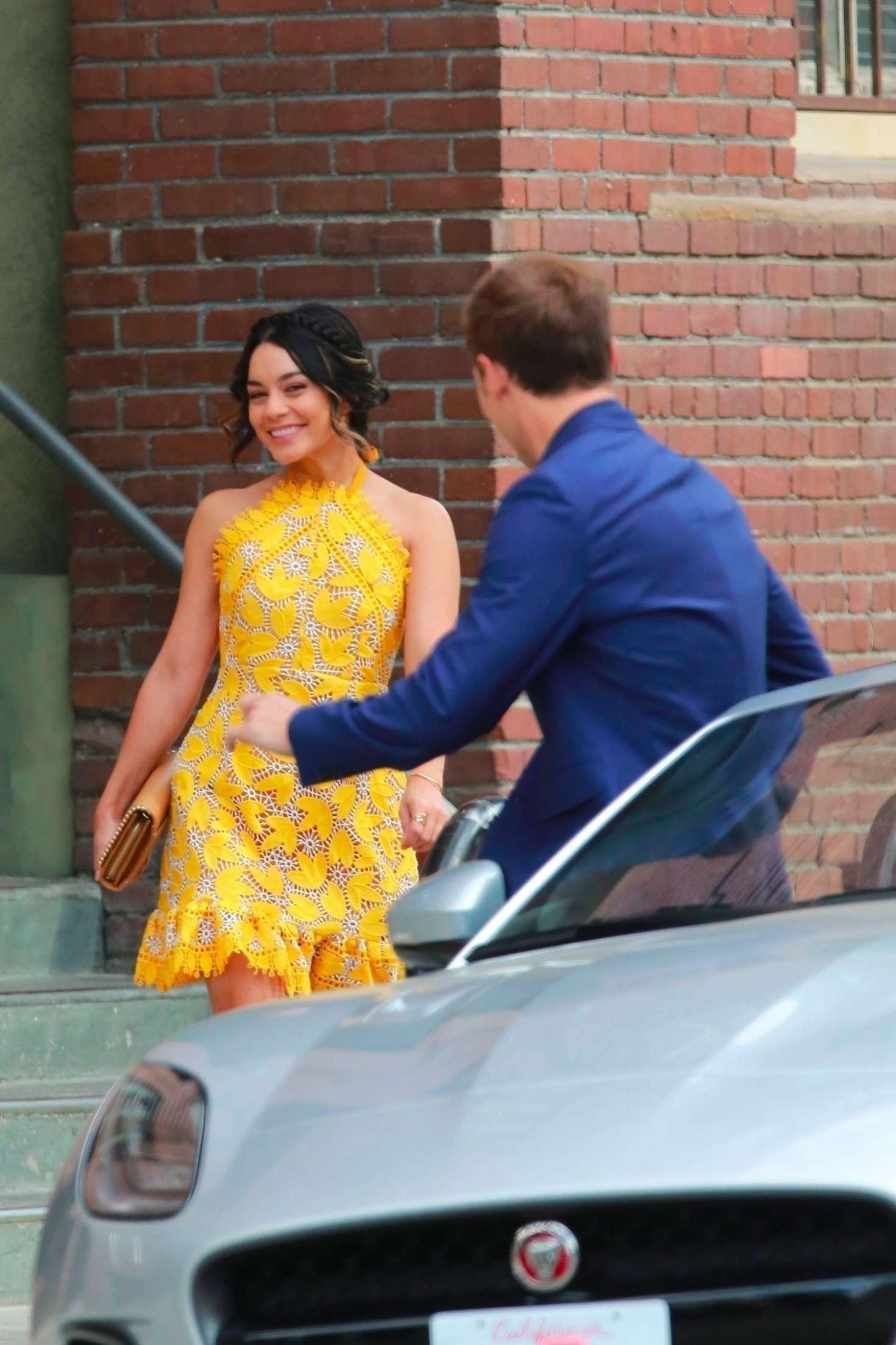 Vanessa Hudgens 2017 : Vanessa Hudgens gin Yellow Mini Dress Filming Dog Days -10