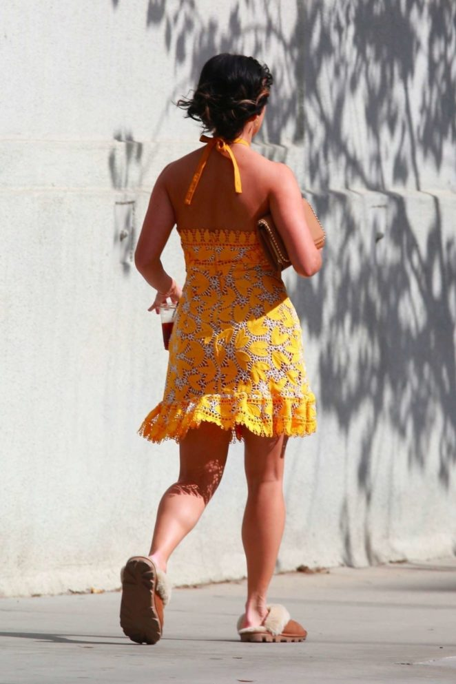 Vanessa Hudgens gin Yellow Mini Dress Filming Dog Days -25