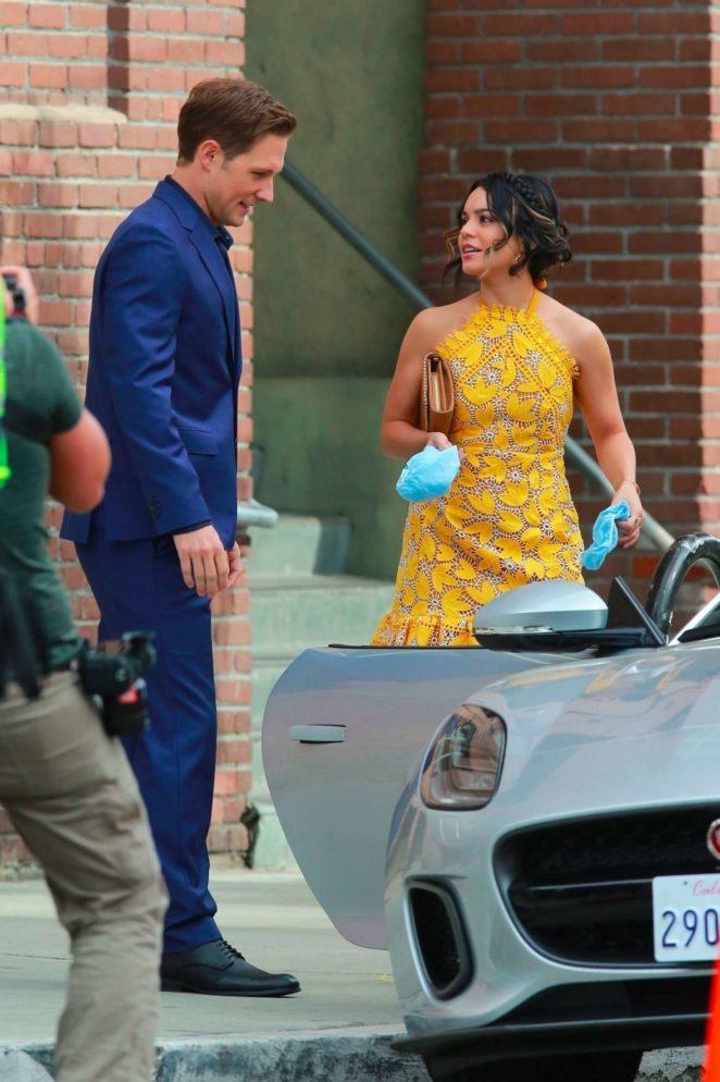 Vanessa Hudgens 2017 : Vanessa Hudgens gin Yellow Mini Dress Filming Dog Days -41