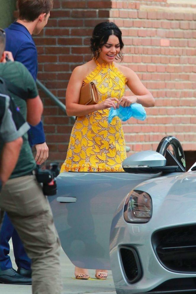 Vanessa Hudgens 2017 : Vanessa Hudgens gin Yellow Mini Dress Filming Dog Days -50