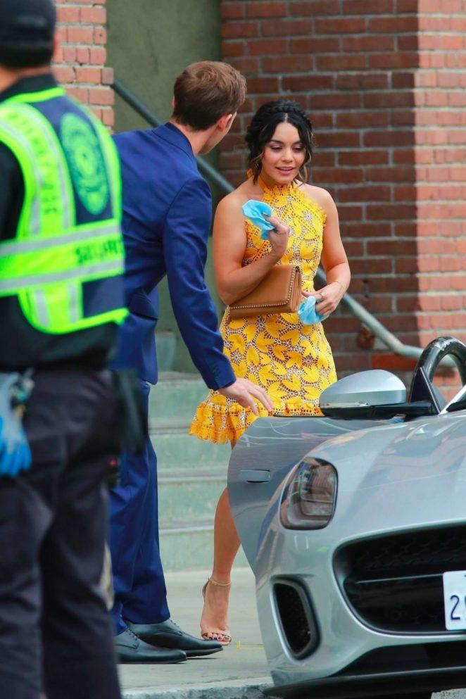 Vanessa Hudgens gin Yellow Mini Dress Filming Dog Days -58