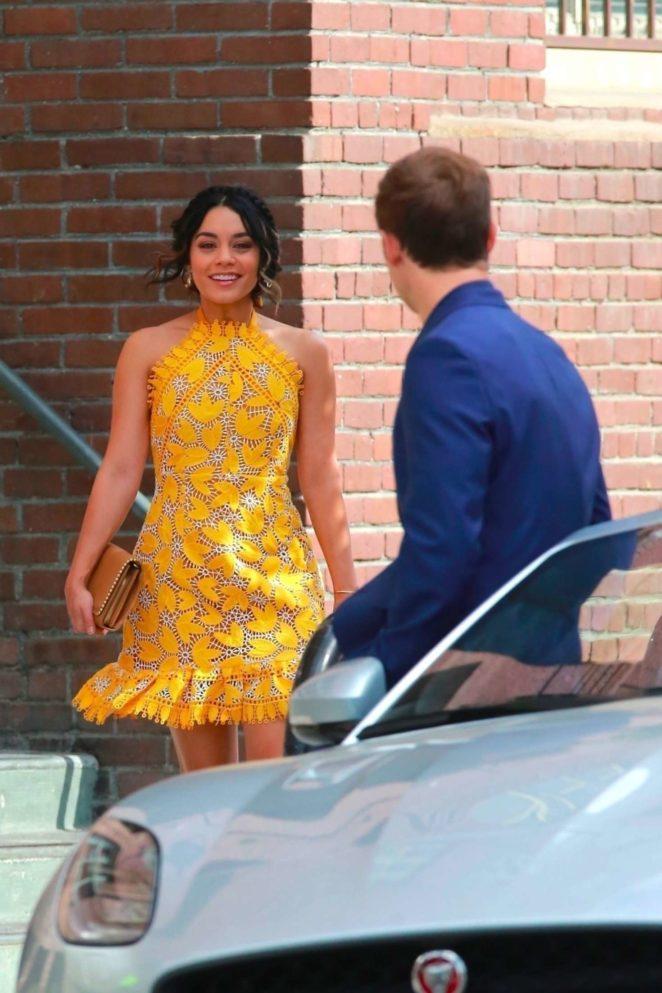 Vanessa Hudgens gin Yellow Mini Dress Filming Dog Days -61