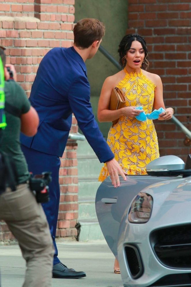Vanessa Hudgens gin Yellow Mini Dress Filming Dog Days -65