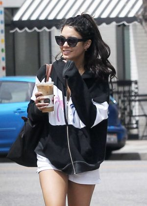 Vanessa Hudgens - Grabs an iced drink from Alfred's coffee in LA