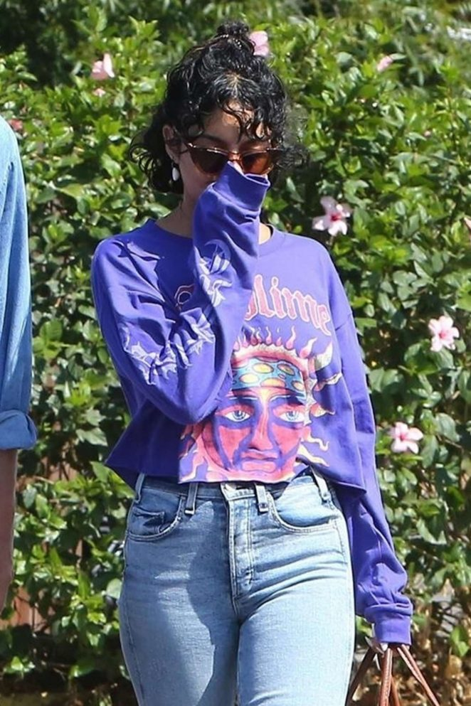 Vanessa Hudgens - Heading to breakfast with Austin Butler in Los Angeles