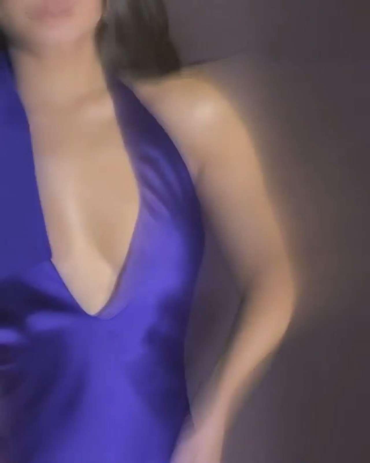 Vanessa Hudgens 2020 : Vanessa Hudgens in a Purple Dress -01