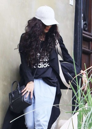 Vanessa Hudgens - Leaves her home in LA