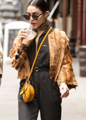 Vanessa Hudgens - Leaving her apartment in NY