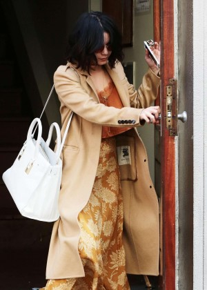 Vanessa Hudgens - Leaving her apartment in NYC