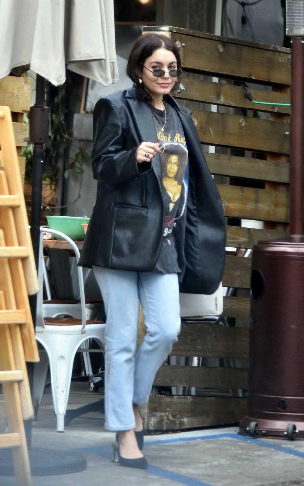 Vanessa Hudgens looks casual while leaving breakfast in Los Feliz