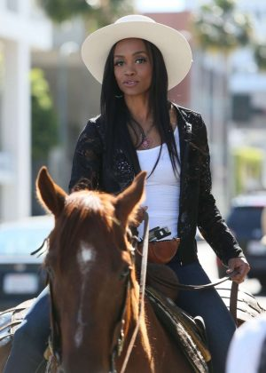Vanessa Hudgens ride a horse in Beverly Hills