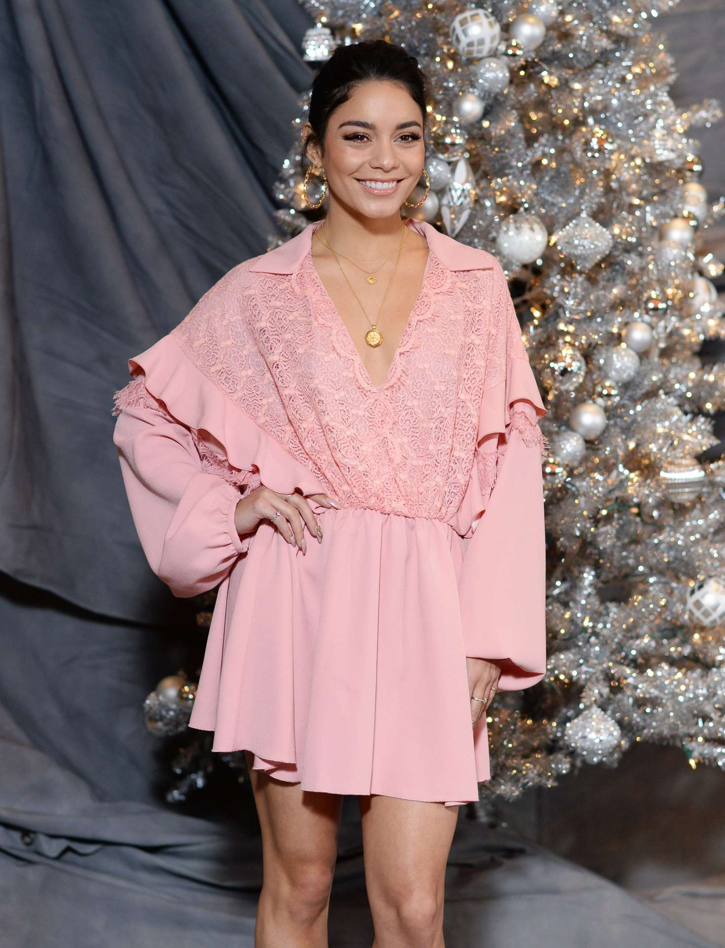 Vanessa Hudgens – 'Second Act' Photocall in Los Angeles