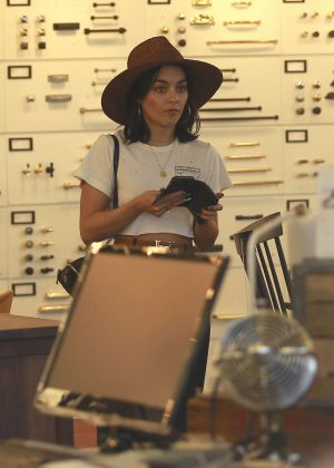 Vanessa Hudgens - Shopping with a friend in LA