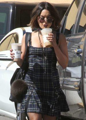 Vanessa Hudgens -Spotted Getting Coffee in Los Angeles