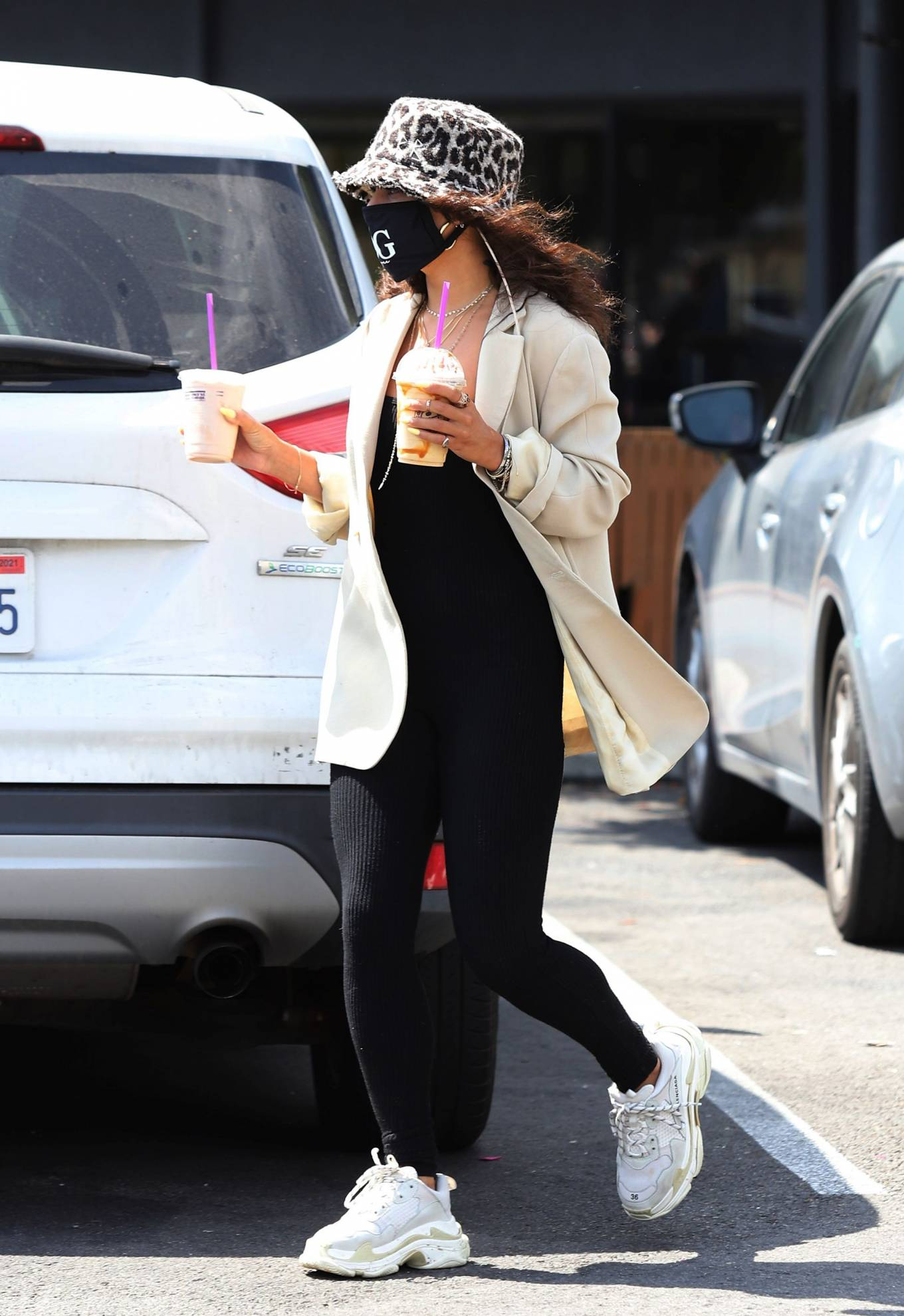 Vanessa Hudgens - Steps out for coffee in Los Angeles