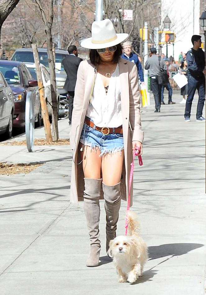 Vanessa Hudgens in Jeans Shorts -09
