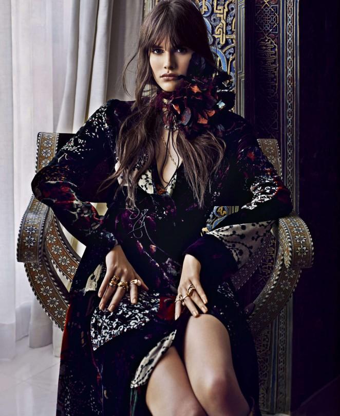 Vanessa Moody - Harper's Bazaar US Magazine (August 2015)
