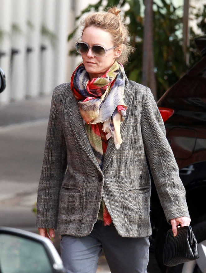 Vanessa Paradis - Arrives at Wilshire Medical Building in Beverly Hills