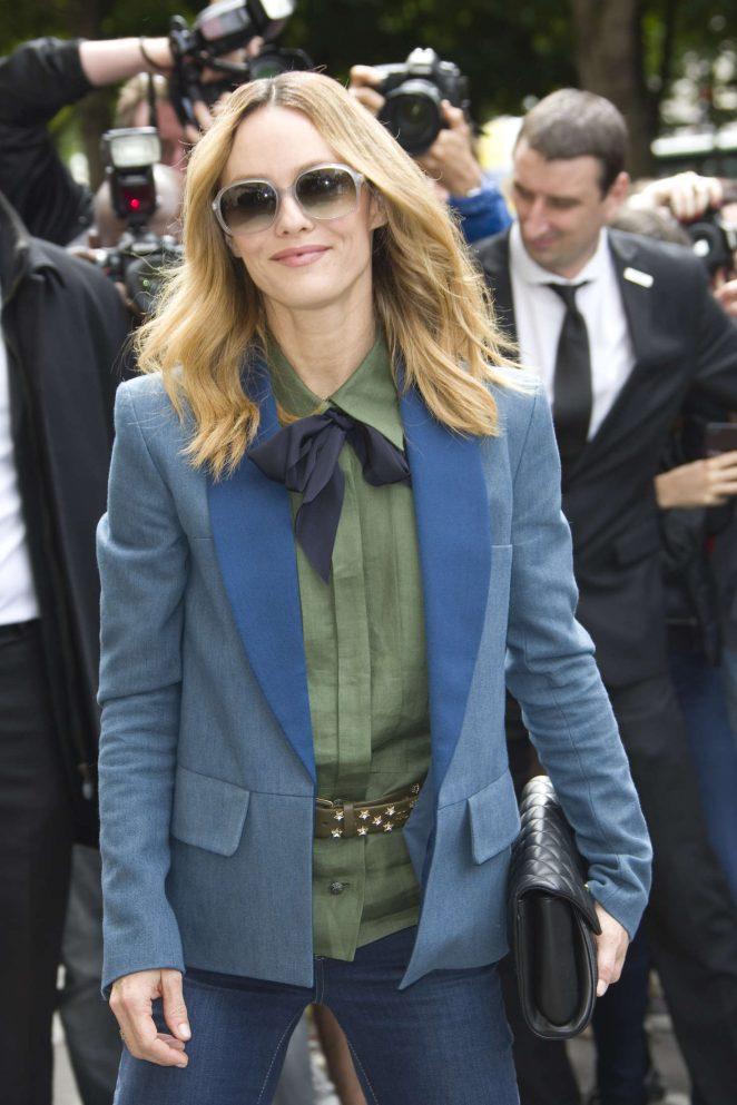 Vanessa Paradis - Chanel Fashion Haute-Couture F/W 2016/2017 in Paris