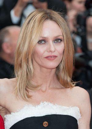 Vanessa Paradis: Closing Ceremony of the 2016 Cannes Film Festival -09