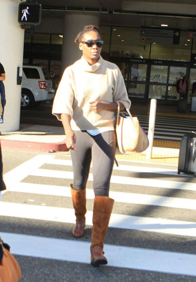Venus Williams - Arriving at LAX in Los Angeles