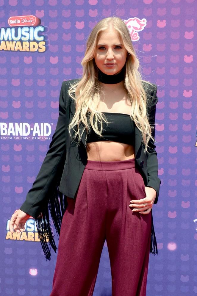 Veronica Dunne - 2016 Radio Disney Music Awards in Los Angeles