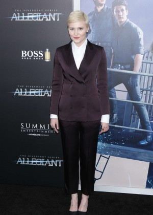 Veronica Roth - 'Allegiant' Premiere in New York