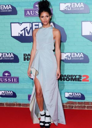 Vick Hope - 2017 MTV Europe Music Awards in London