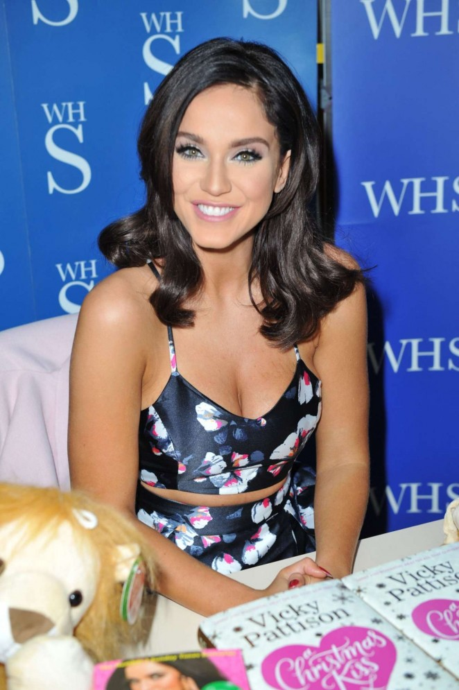 Vicky Pattison - Book Signing in Newcastle