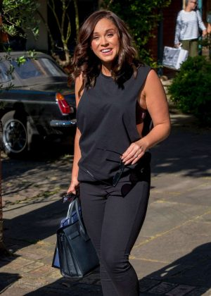 Vicky Pattison - Leaves a house in North London