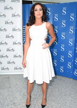 Vicky Pattison: A Christmas Kiss book signig-16