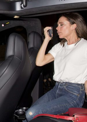 Victoria Beckham - Arrived to the Chateau Marmont Hotel in West Hollywood