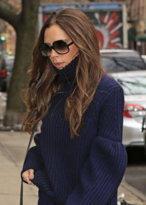 Victoria Beckham Arrives to a photostudio in New York