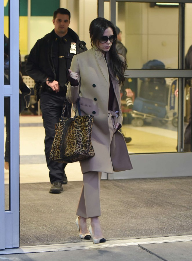 Victoria Beckham - Arriving at JFK Airport in New York