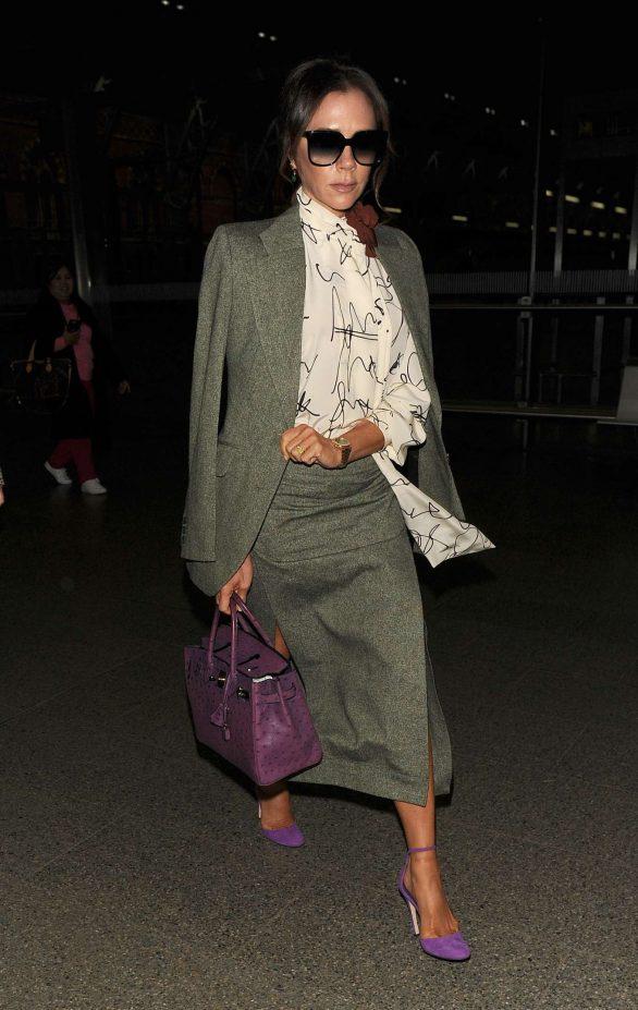 Victoria Beckham 2019 : Victoria Beckham – Is seen as arriving back in London -01