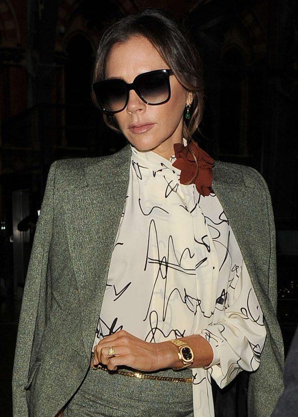 Victoria Beckham 2019 : Victoria Beckham – Is seen as arriving back in London -07