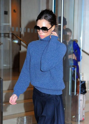 Victoria Beckham - Leaves Her Apartment in New York