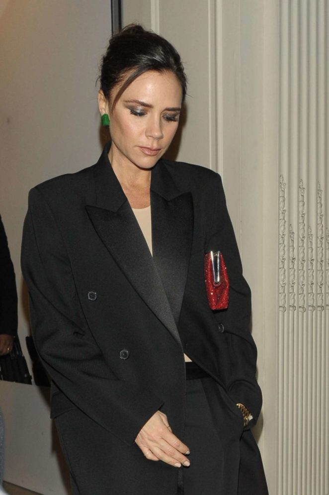 Victoria Beckham - Leaves her Dover Street Store in London