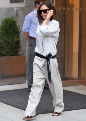 Victoria Beckham - Leaves her hotel in New York
