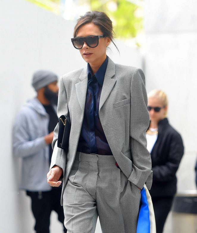 Victoria Beckham Leaves her hotel in NY -03