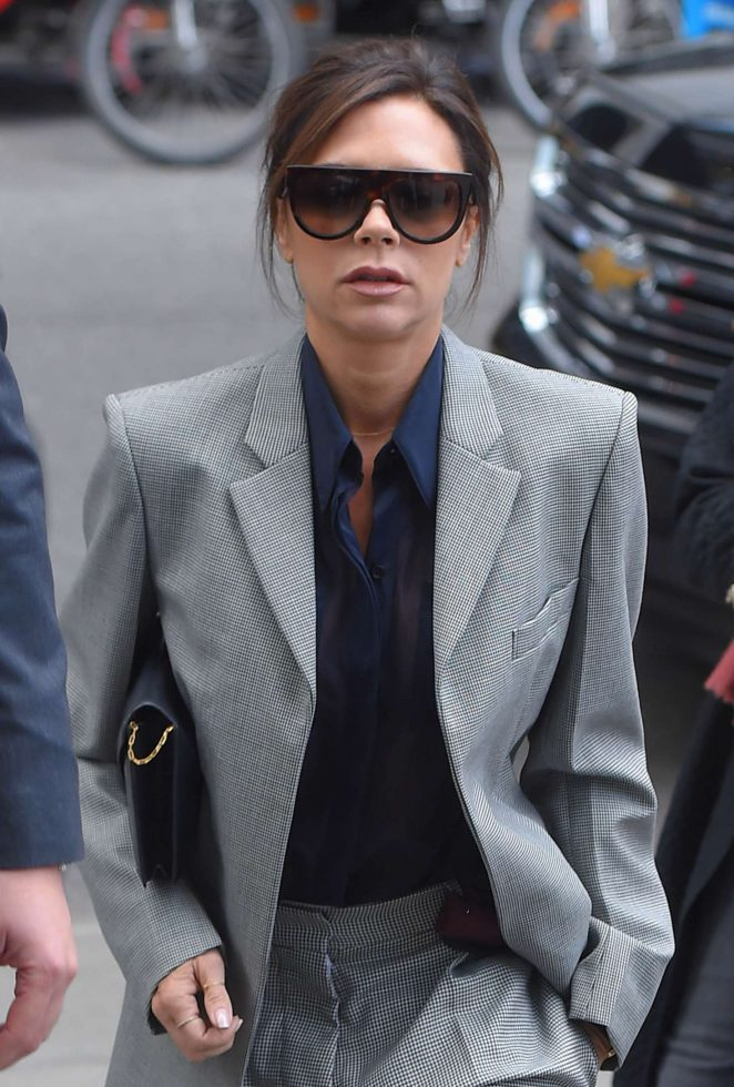 Victoria Beckham Leaves her hotel in NY -06