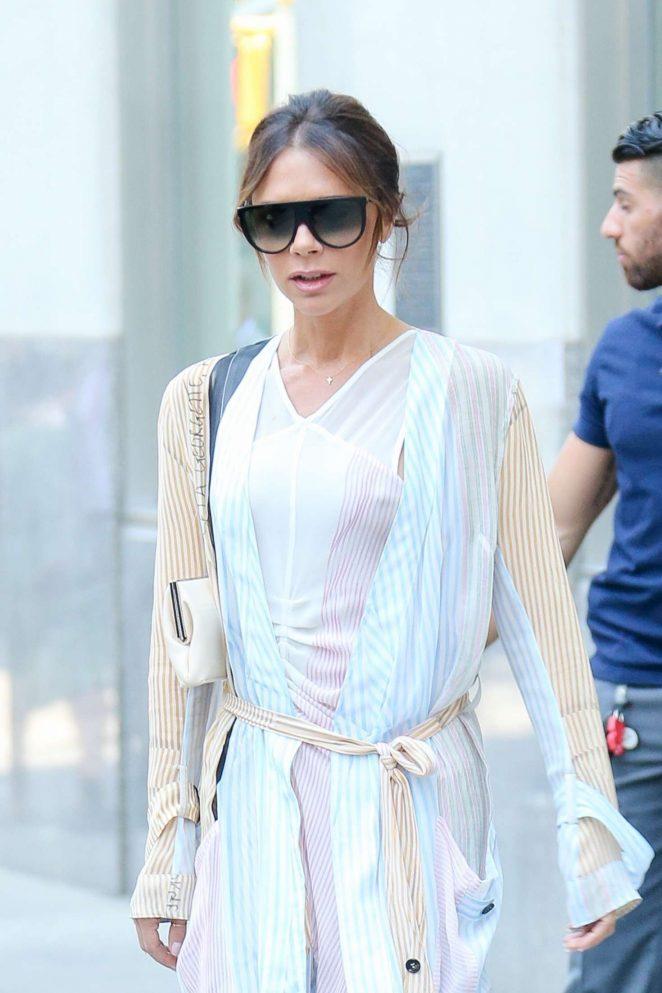 Victoria Beckham - Leaves her New York Hotel
