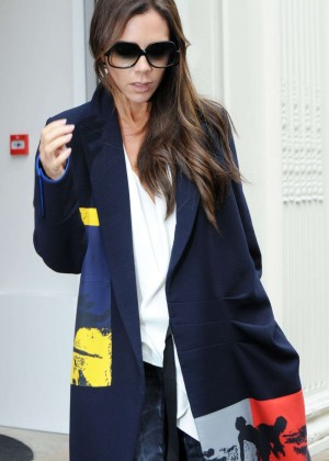 Victoria Beckham - Leaving Her Store in London